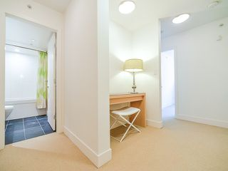"Photo 15: 1669 W 8TH Avenue in Vancouver: Fairview VW Townhouse for sale in ""Camera"" (Vancouver West)  : MLS®# V1066169"