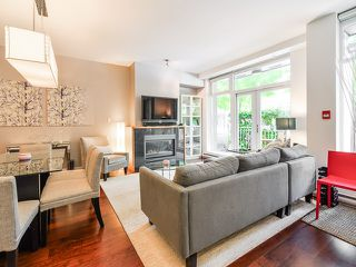 "Photo 2: 1669 W 8TH Avenue in Vancouver: Fairview VW Townhouse for sale in ""Camera"" (Vancouver West)  : MLS®# V1066169"