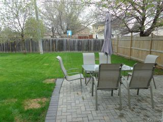 Photo 3: 2355 Ness Avenue in WINNIPEG: St James Residential for sale (West Winnipeg)  : MLS®# 1411687