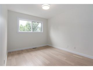 "Photo 14: 2116 E 19TH Avenue in Vancouver: Grandview VE House for sale in ""TROUT LAKE"" (Vancouver East)  : MLS®# V1088233"