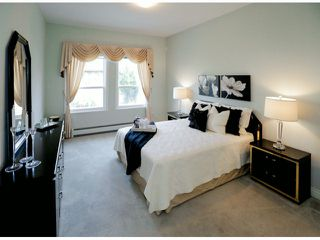 Photo 6:  in Surrey: Bear Creek Green Timbers House for sale : MLS®# F1424449