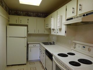 "Photo 8: 311 1561 VIDAL Street: White Rock Condo for sale in ""RIDGECREST"" (South Surrey White Rock)  : MLS®# F1425494"
