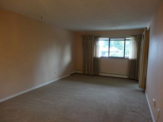 "Photo 11: 311 1561 VIDAL Street: White Rock Condo for sale in ""RIDGECREST"" (South Surrey White Rock)  : MLS®# F1425494"