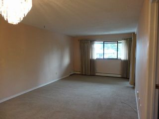"Photo 9: 311 1561 VIDAL Street: White Rock Condo for sale in ""RIDGECREST"" (South Surrey White Rock)  : MLS®# F1425494"