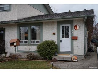 Photo 1: 16 Westfield Drive in WINNIPEG: Charleswood Residential for sale (South Winnipeg)  : MLS®# 1427132