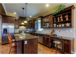 Photo 2: 8564 ALEXANDRA Street in Mission: Mission BC House for sale : MLS®# F1430521