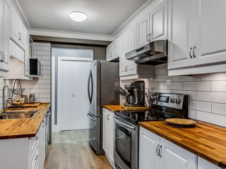 """Photo 1: 304 2245 WILSON Avenue in Port Coquitlam: Central Pt Coquitlam Condo for sale in """"MARY HILL PLACE"""" : MLS®# V1129734"""