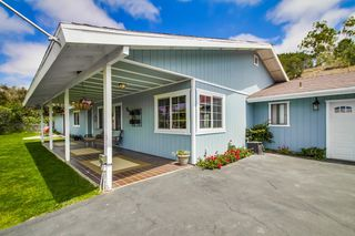Photo 2: VISTA House for sale : 4 bedrooms : 1668 Alta Vista