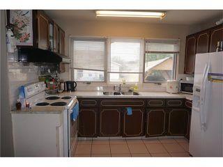 Photo 8: 1437 PENSACOLA Way SE in Calgary: Penbrooke House for sale : MLS®# C4024765