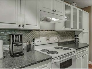 """Photo 5: 106 1200 PACIFIC Street in Coquitlam: North Coquitlam Condo for sale in """"GLENVIEW MANOR"""" : MLS®# V1139335"""