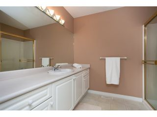 "Photo 13: 54 15959 82ND Avenue in Surrey: Fleetwood Tynehead Townhouse for sale in ""CHERRY TREE LANE"" : MLS®# R2035228"