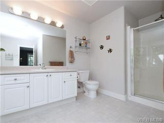 Photo 10: 560 Tory Pl in VICTORIA: Co Triangle Single Family Detached for sale (Colwood)  : MLS®# 730544