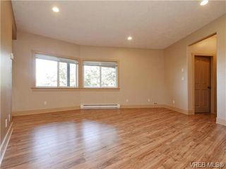 Photo 16: 560 Tory Pl in VICTORIA: Co Triangle Single Family Detached for sale (Colwood)  : MLS®# 730544