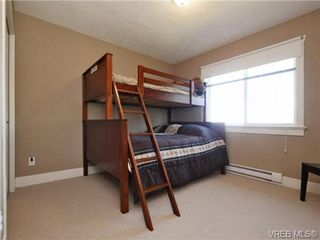 Photo 13: 560 Tory Pl in VICTORIA: Co Triangle Single Family Detached for sale (Colwood)  : MLS®# 730544