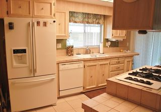 Photo 2: OCEANSIDE Manufactured Home for sale : 2 bedrooms : 244 Havenview Lane #244