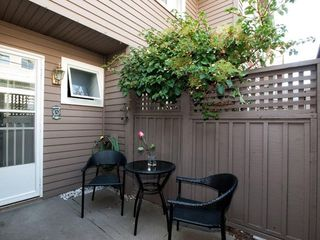 Photo 7: 4 230 E KEITH Road in North Vancouver: Central Lonsdale Townhouse for sale : MLS®# R2079734