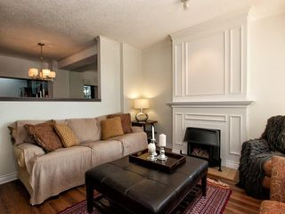 Photo 9: 4 230 E KEITH Road in North Vancouver: Central Lonsdale Townhouse for sale : MLS®# R2079734