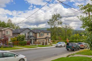 Photo 2: 6056 WOODSWORTH Street in Burnaby: Central BN House 1/2 Duplex for sale (Burnaby North)  : MLS®# R2080786