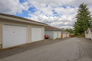 Photo 18: 6056 WOODSWORTH Street in Burnaby: Central BN House 1/2 Duplex for sale (Burnaby North)  : MLS®# R2080786