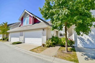 "Photo 2: 108 16995 64 Avenue in Surrey: Cloverdale BC Townhouse for sale in ""Lexington"" (Cloverdale)  : MLS®# R2101503"