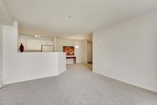 Photo 14: 215 2000 Citadel Meadows Point NW in Calgary: Condo for sale : MLS®# C4024513