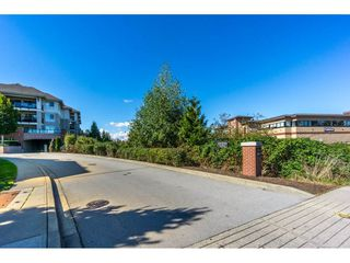 "Photo 18: 314 8929 202 Street in Langley: Walnut Grove Condo for sale in ""THE GROVE"" : MLS®# R2106604"