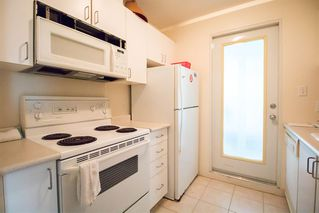 """Photo 10: 1407 438 SEYMOUR Street in Vancouver: Downtown VW Condo for sale in """"The Conference Plaza"""" (Vancouver West)  : MLS®# R2119357"""