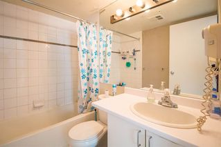 """Photo 11: 1407 438 SEYMOUR Street in Vancouver: Downtown VW Condo for sale in """"The Conference Plaza"""" (Vancouver West)  : MLS®# R2119357"""