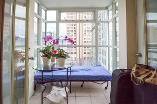 """Photo 8: 1407 438 SEYMOUR Street in Vancouver: Downtown VW Condo for sale in """"The Conference Plaza"""" (Vancouver West)  : MLS®# R2119357"""