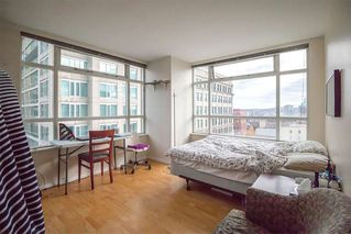 """Photo 6: 1407 438 SEYMOUR Street in Vancouver: Downtown VW Condo for sale in """"The Conference Plaza"""" (Vancouver West)  : MLS®# R2119357"""