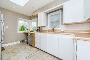"Photo 11: 1487 E 27TH Avenue in Vancouver: Knight House for sale in ""King Edward Village"" (Vancouver East)  : MLS®# R2124951"