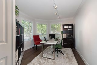 """Photo 2: 137 ASPENWOOD Drive in Port Moody: Heritage Woods PM House for sale in """"HERITAGE WOODS"""" : MLS®# R2131199"""
