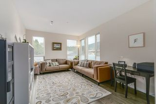"Photo 5: 418 2665 MOUNTAIN Highway in North Vancouver: Lynn Valley Condo for sale in ""Canyon Springs"" : MLS®# R2134939"