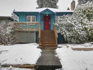 "Photo 2: 4433 W 16TH Avenue in Vancouver: Point Grey House for sale in ""West Point Grey"" (Vancouver West)  : MLS®# R2137139"