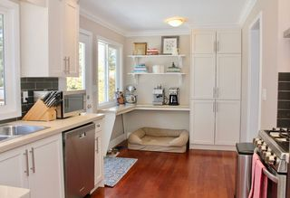 "Photo 7: 25 53 Street in Delta: Pebble Hill House for sale in ""PEBBLE HILL"" (Tsawwassen)  : MLS®# R2142844"