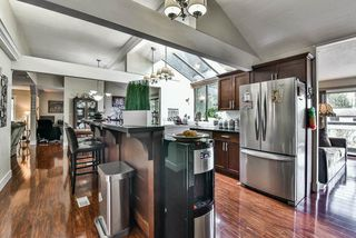 Photo 10: 2476 WOODSTOCK Drive in Abbotsford: Abbotsford East House for sale : MLS®# R2143858