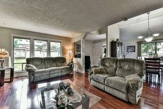 Photo 5: 2476 WOODSTOCK Drive in Abbotsford: Abbotsford East House for sale : MLS®# R2143858