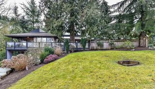 Photo 1: 2476 WOODSTOCK Drive in Abbotsford: Abbotsford East House for sale : MLS®# R2143858