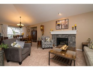 Photo 4: 35704 TIMBERLANE Drive in Abbotsford: Abbotsford East House for sale : MLS®# R2148897