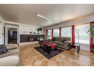 Photo 4: 22083 LOUGHEED Highway in Maple Ridge: West Central House for sale : MLS®# R2187987