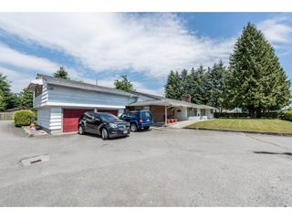 Photo 2: 22083 LOUGHEED Highway in Maple Ridge: West Central House for sale : MLS®# R2187987