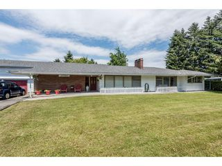 Photo 1: 22083 LOUGHEED Highway in Maple Ridge: West Central House for sale : MLS®# R2187987