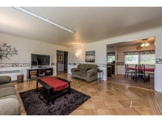 Photo 6: 22083 LOUGHEED Highway in Maple Ridge: West Central House for sale : MLS®# R2187987