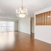 Photo 4: 2646 E 8TH Avenue in Vancouver: Renfrew VE House for sale (Vancouver East)  : MLS®# R2201519