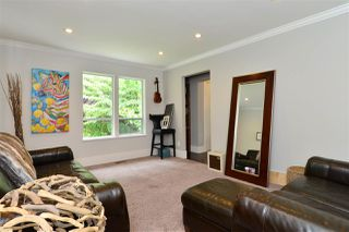 """Photo 10: 1920 128 Street in Surrey: Crescent Bch Ocean Pk. House for sale in """"Ocean Park"""" (South Surrey White Rock)  : MLS®# R2201900"""