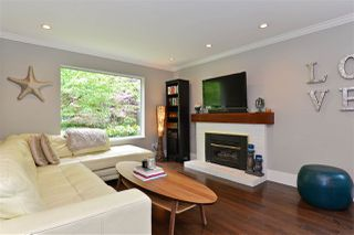 """Photo 1: 1920 128 Street in Surrey: Crescent Bch Ocean Pk. House for sale in """"Ocean Park"""" (South Surrey White Rock)  : MLS®# R2201900"""