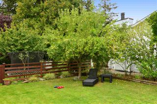 "Photo 18: 1920 128 Street in Surrey: Crescent Bch Ocean Pk. House for sale in ""Ocean Park"" (South Surrey White Rock)  : MLS®# R2201900"