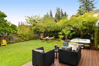 "Photo 16: 1920 128 Street in Surrey: Crescent Bch Ocean Pk. House for sale in ""Ocean Park"" (South Surrey White Rock)  : MLS®# R2201900"