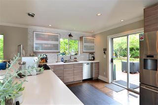 """Photo 6: 1920 128 Street in Surrey: Crescent Bch Ocean Pk. House for sale in """"Ocean Park"""" (South Surrey White Rock)  : MLS®# R2201900"""