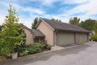 "Photo 1: 322 1215 LANSDOWNE Drive in Coquitlam: Upper Eagle Ridge Townhouse for sale in ""SUNRIDGE ESTATES"" : MLS®# R2203878"